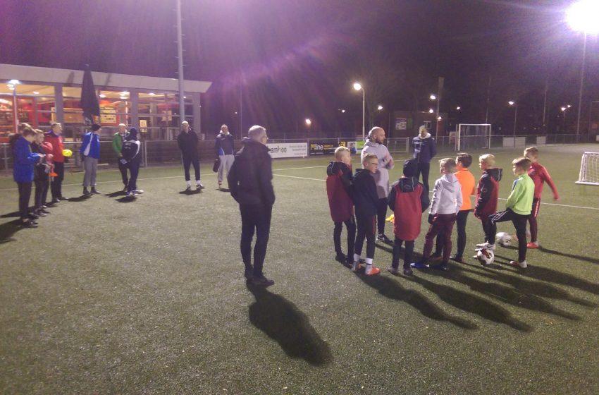 Cursus Jeugd Voetbal Trainer Coach (JVTC) van start bij Sporting Krommenie