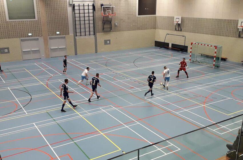 Zaalvoetballers FCZSW op koers voor play-offs