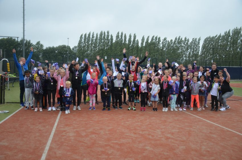 Jeugd feestje bij TennisVereniging Zaansport