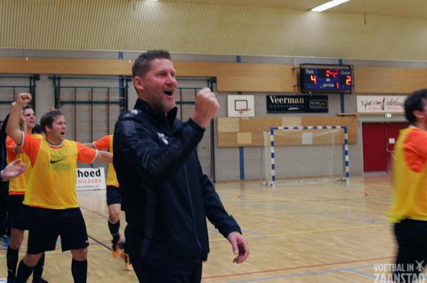 zaalvoetbalclinic Hjalmar Hoekema bij FC Zaanstreek