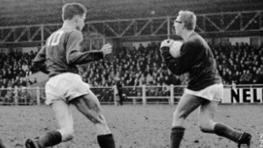 Oud keeper FC Zaanstreek en AZ`67 Dick Schouten overleden