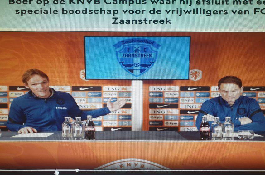 De Oranje bondscoach Frank de Boer bedankt persoonlijk de vrijwilligers van de clubs