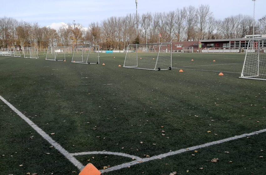 Sporting Krommenie organiseert Zaterdag 19 december `Supervet` Oliebollen Mixtoernooi