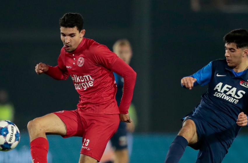 Jong AZ ontvangt Almere City in Zaanstad