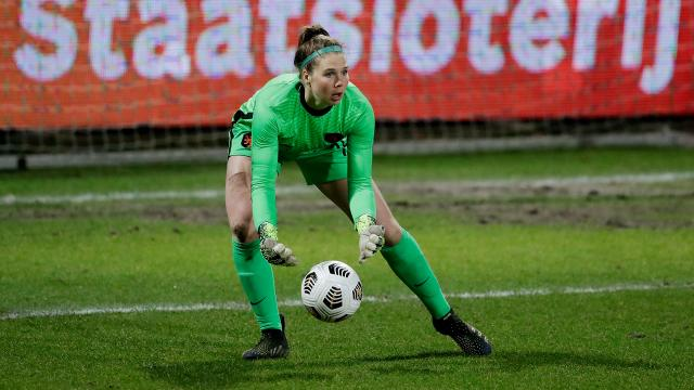 Blessure Wormerse Lize Kop zet streep door trainingskamp in Spanje