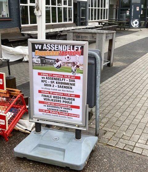 `Na corona weer voetbal` Koppie Bar Toernooi bij vv Assendelft