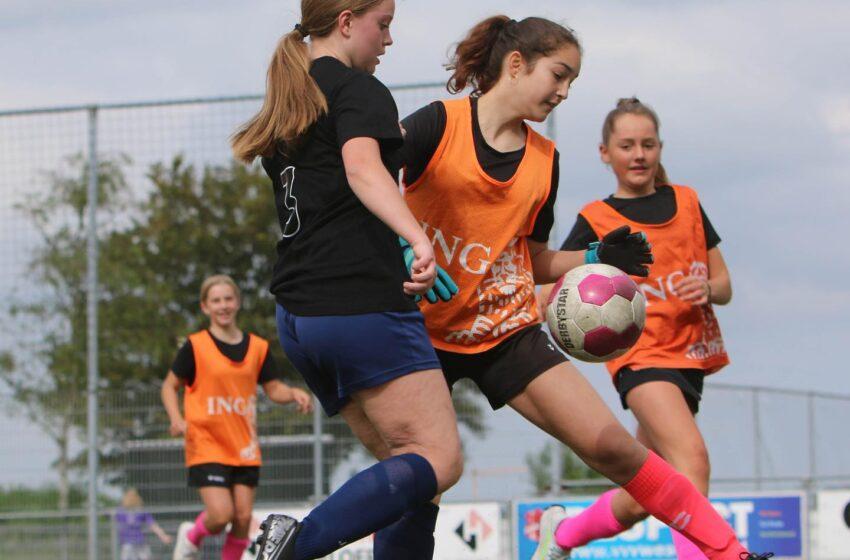 Geslaagde 2e editie van Zaansche College Cup voor meiden bij vvv Westzaan