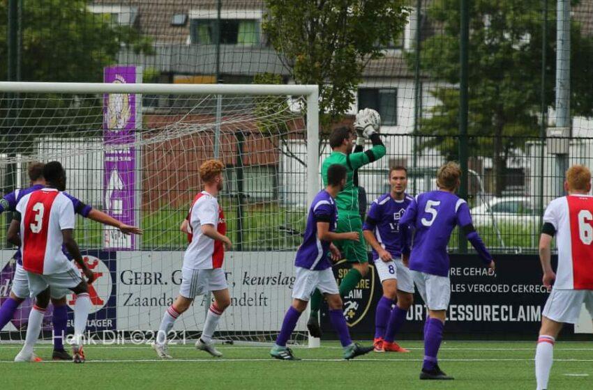 Nipte nederlaag sc Hercules Zaandam tegen Ajax ( zat)