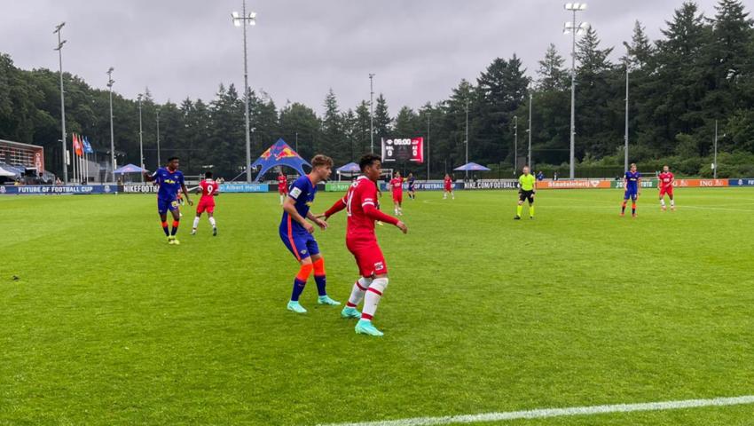 Jong AZ in actie op experimenteel toernooi: Future of Football Cup