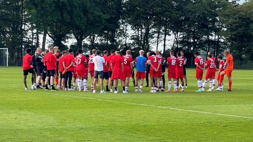 Jong derby in Zaanstad: Jong AZ-Jong Ajax 1-3